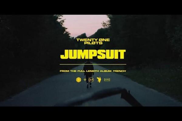 Twenty One Pilots regresan a lo grande con 'Jumpsuit' y 'Nico And The Niners'