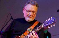 Fallece a los 68 años, el guitarrista Ed King, co autor de 'Sweet Home Alabama'