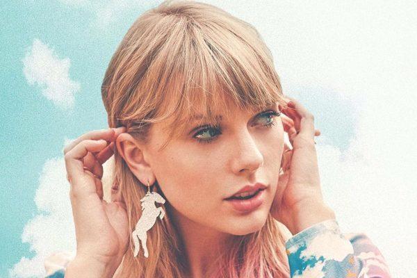 Taylor Swift denuncia que Scott Borchetta y Scooter Braun, no la dejan cantar sus viejos éxitos en los American Music Awards