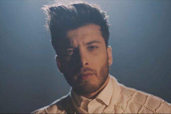 'Él No Soy Yo' supera los 60 millones de visualizaciones en YouTube y las 80.000 unidades en venta, todo un clásico de Blas Cantó