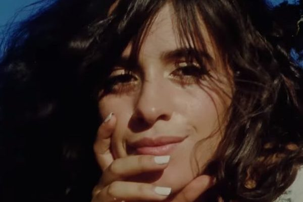 Camila Cabello da forma a 'Romance' a partir del 5 de septiembre