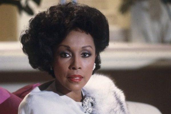 Fallece a los 84 años, la actriz y cantante Diahann Carroll. Ganó el Tony y el Globo de Oro y fue nominada al Oscar