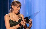 Taylor Swift arrasa en los American Music Awards, al ganar seis premios, incluidos Artista de la Década y Artista del Año