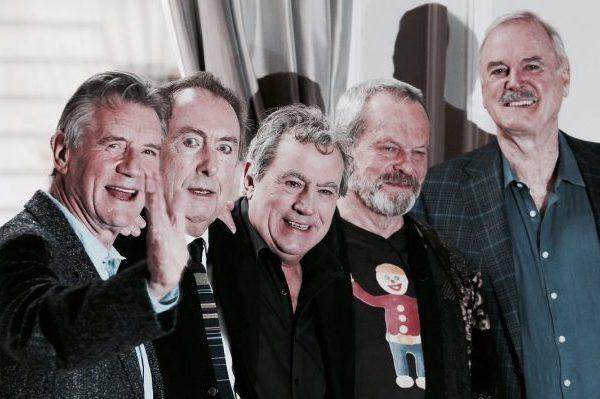 Fallece a los 77 años Terry Jones, fundador de los Monty Python y entre otras, director de 'La Vida de Brian'