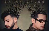 Ya tenemos el avance de 'Strangers' de Brian Cross y Agoney, sale el 29 de mayo