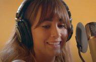 Aitana canta 'Volaré', tema principal de la película 'Más Allá de la Luna', que estrenará Netflix el próximo 23 de octubre