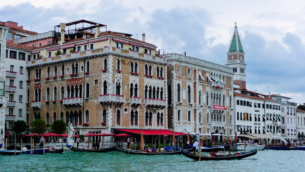 Venise, Italy, Travel Photography, Vin Images