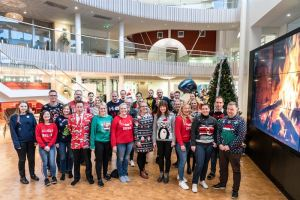 Hyväntekeväisyysjärjestölle varoja Pafin Ugly Christmas Sweater Daynä