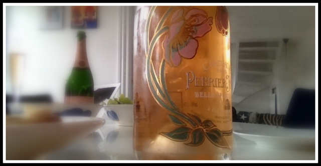 Champagne rose perrier jouet