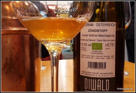 Orange wine with fresh fruit and acidity