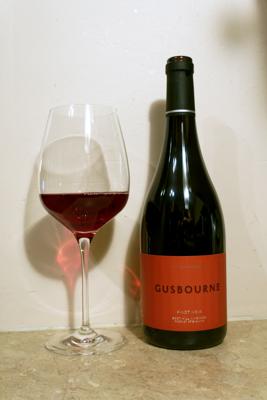 Gusbourne_pinot-noir