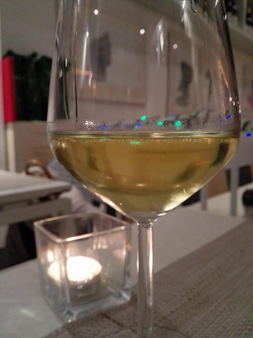 come si fa il vino bianco