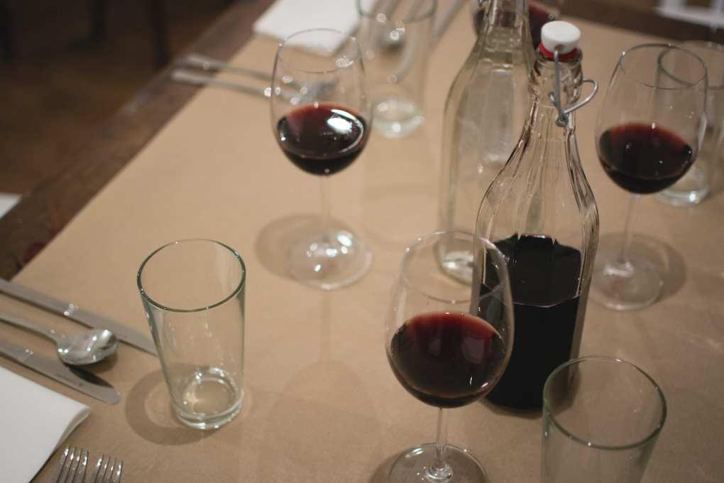 Vino: sfuso, in bottiglia o cartone