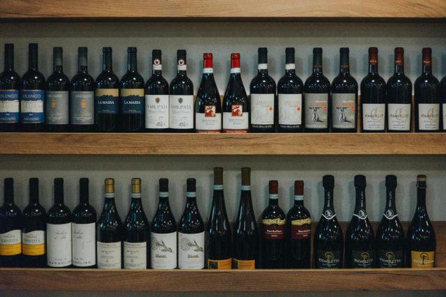 enoteca_bologna_bottiglie_vinoteca