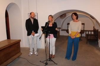 Elías López Montero, Inmaculada Jiménez (alcaldesa de Tomelloso) y Maria Victoria Bolos, miembro del jurado y responsable de cultura del Ayto. de Tomelloso