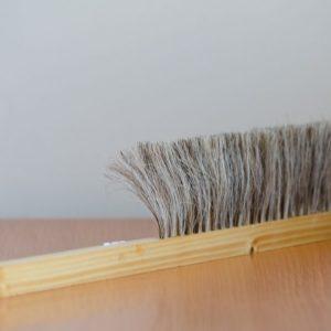 Zmetáčik drevený s hustým prírodným vlasom