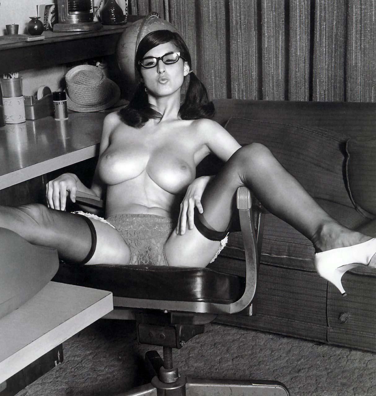 nude Lillian parker