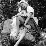 Sally Todd Modeling 06