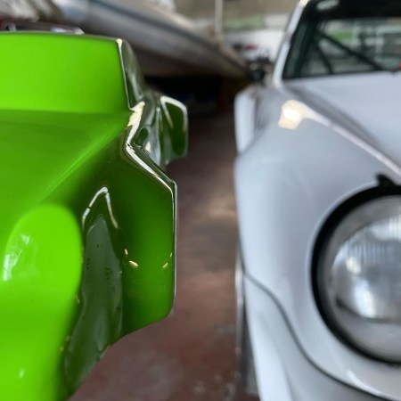 911_Porsche_RS_964_sculpture_green
