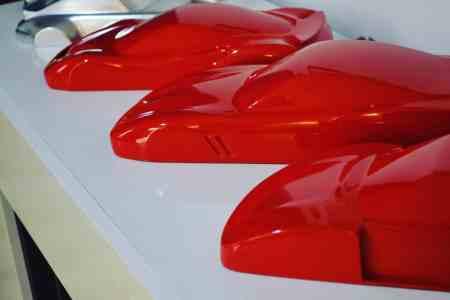 Ferrari_sculpture_F40_550_maranello