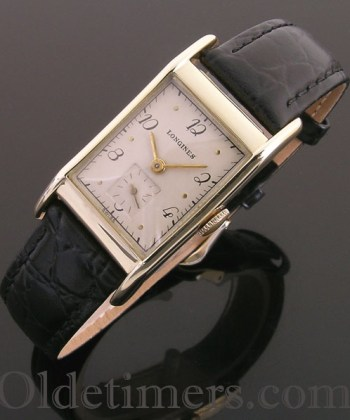 1940s 14ct gold rectangular vintage Longines watch (3693)