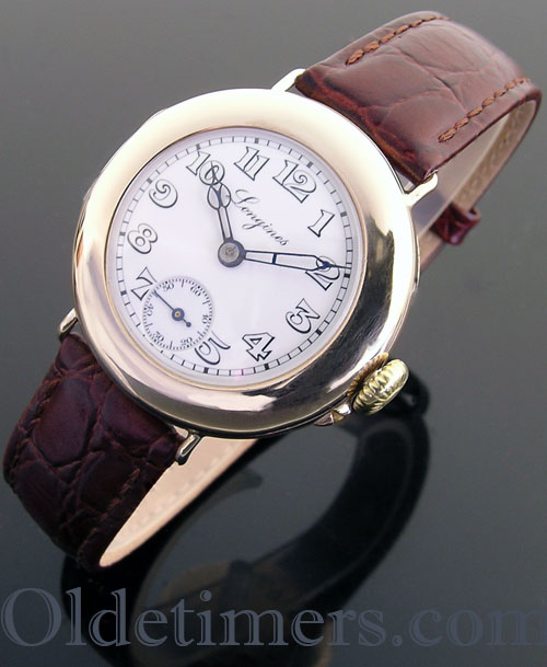 1915 9ct gold round vintage Longines watch (3697)