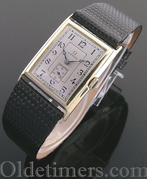 1930s 18ct gold rectangular vintage Omega watch (3958)