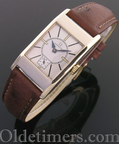 1930s 9ct gold rectangular vintage Omega watch (3996)