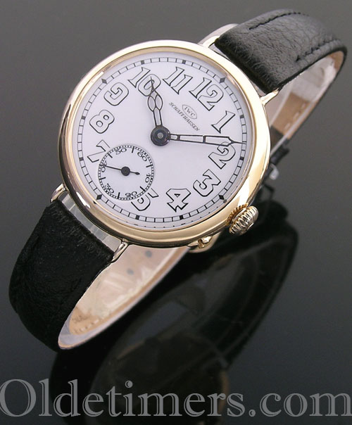 1918 18ct gold round vintage IWC 'Officers' watch (4015)