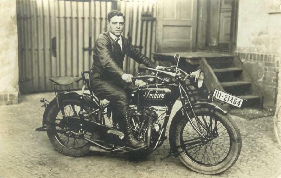 1924 Indian Chief Classic Motorcycle Pictures