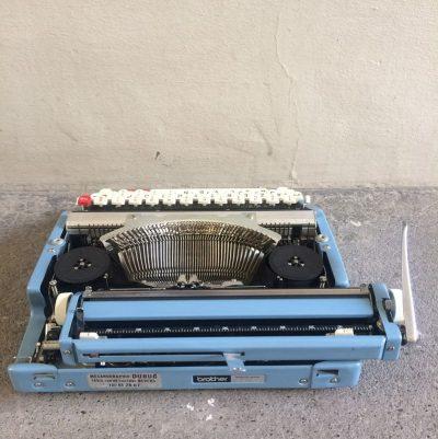 Machine à écrire Nogamatic 500