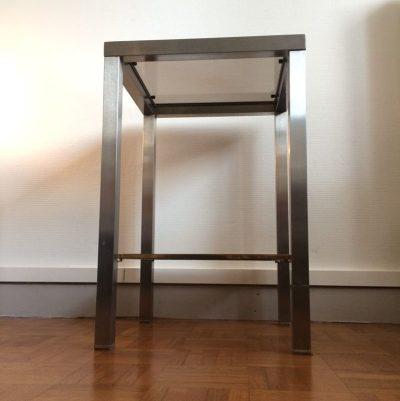 Bout de canapé vintage minimaliste
