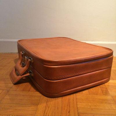 Valise simili cuir marron fauve vintage
