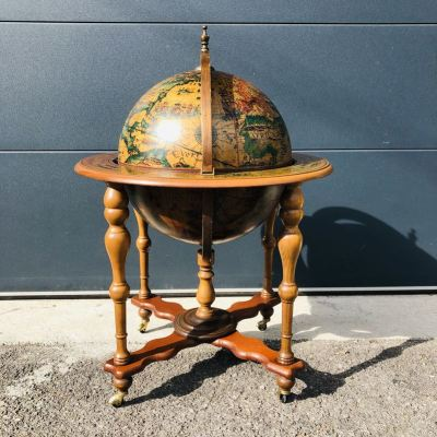 Bar globe sur roulettes ancien