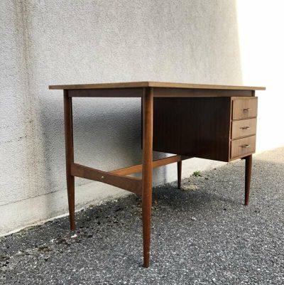 Bureau design scandinave 1970
