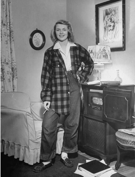 1940 S Fashion Young Woman S Wardrobe Plan: Vintage Plaid Party Time!