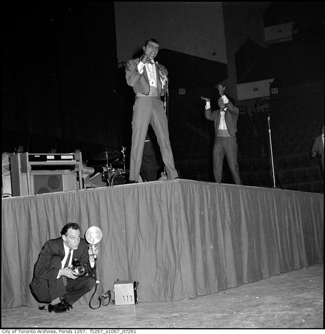 "The Isley Brothers perform at 1960's ""The Biggest Show Of Stars Maple Leaf Gardens"