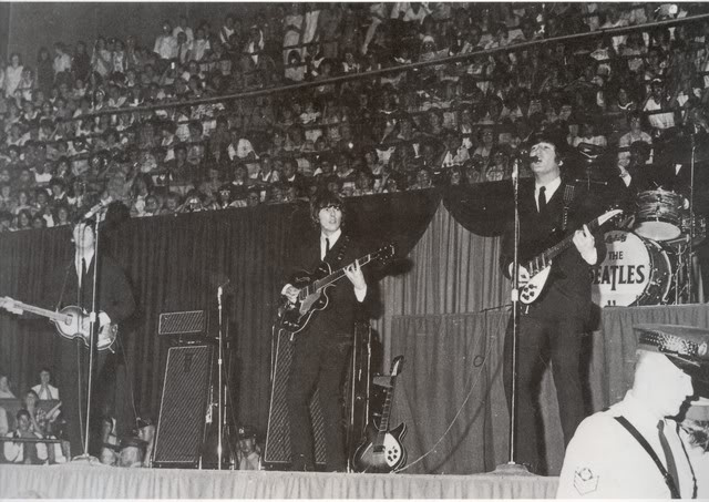 Beatles at maple leaf Gardensn 1965