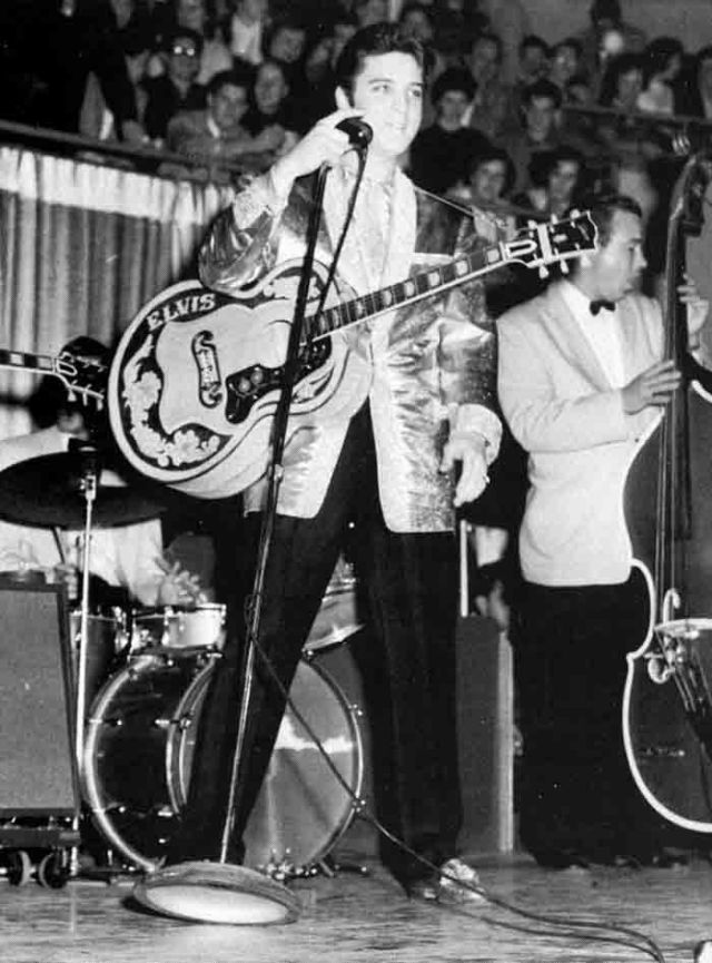 Elvis Presley 1957 Maple Leaf Gardens