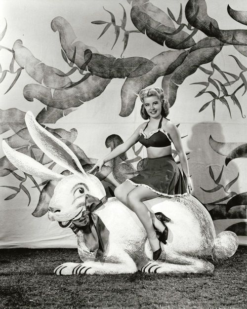 Gloria DeHaven 1944 Easter Photo