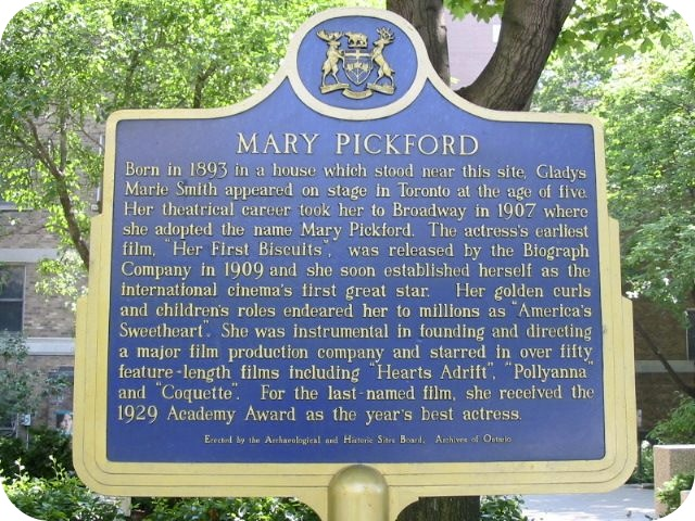 Mary Pickford Toronto Plaque and Statue