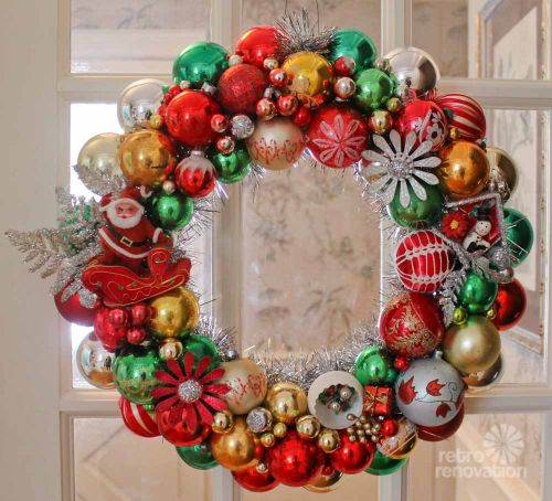 Kitshy Ornament Wreath