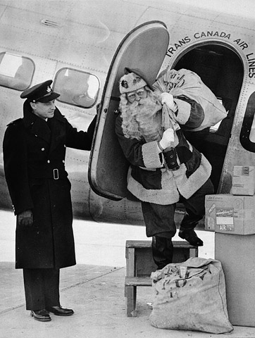 First consignment of airmail flown by Trans-Canada Air Lines from Toronto to Winnipeg.