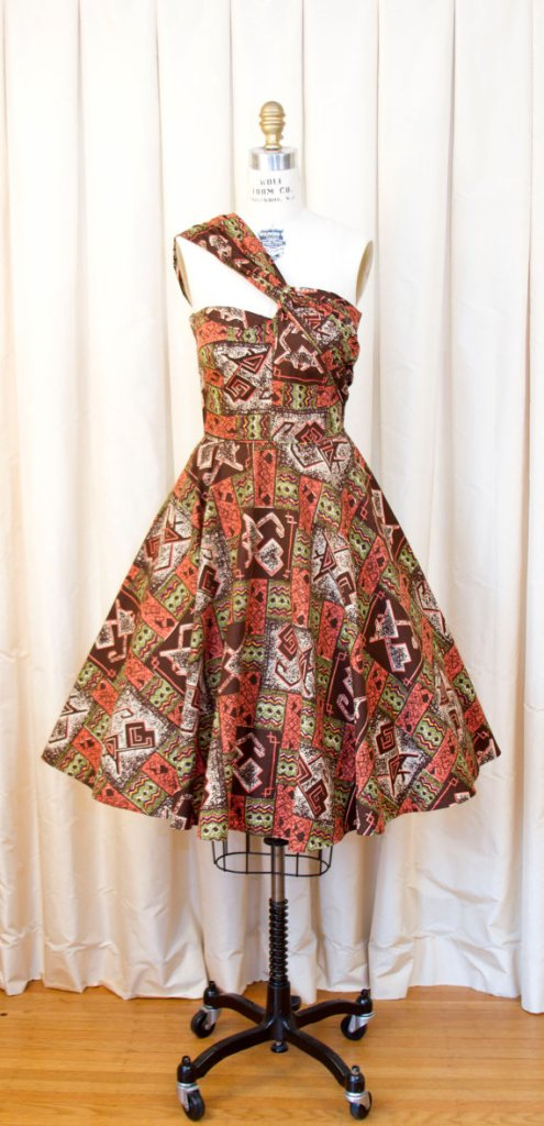 1950s Dress // Novelty Tiki Cat Print Full Skirt Dress