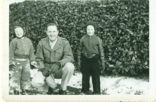 1950s father with children