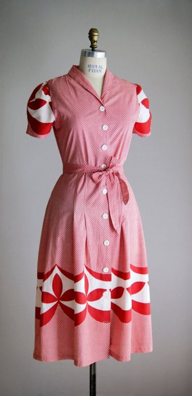 1940s vintage day dress