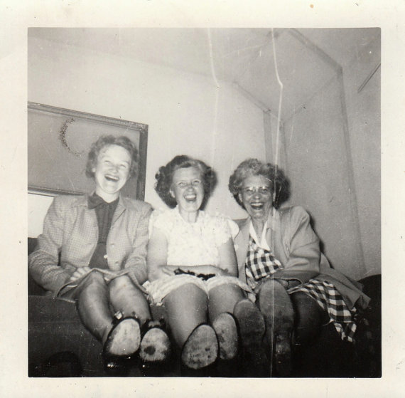 1940's vintage image of women laughing