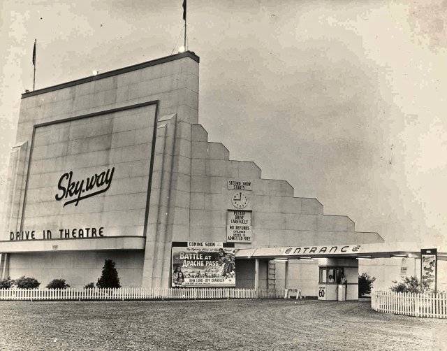 sky way drive in theatre windsor ontario vintage image