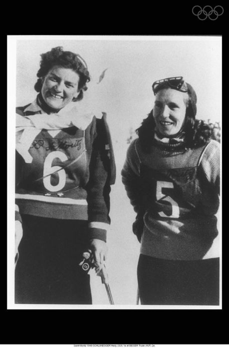Saint-Moritz 1948-SCHLUNEGGER Hedy (SUI) 1st and BEISER Trude (AUT) 2nd.