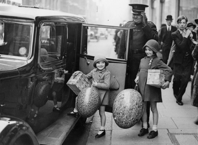 Easter Shopping in London 1936 vintage photo of 2 girls with car